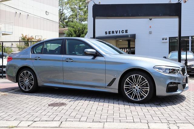 530e Mスポーツアイパフォーマンス ブラックレザー BMWメーカー保証車両画像04
