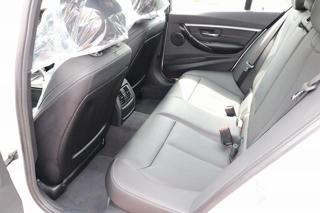 330e iパフォーマンス Mスポーツ ブラックレザーシート タッチパネルナビ車両画像12