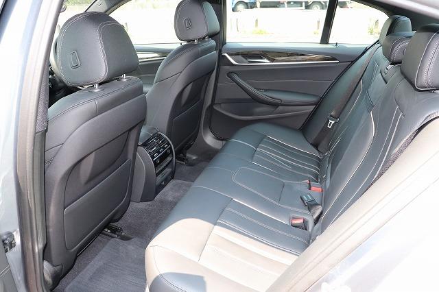 530e Mスポーツアイパフォーマンス ブラックレザー BMWメーカー保証車両画像13