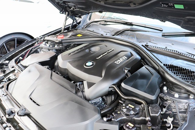 320i BEAMコンプリートカー ブラックレザー調シート ACC 衝突軽減ブレーキ レーンキープアシスト 車両画像15