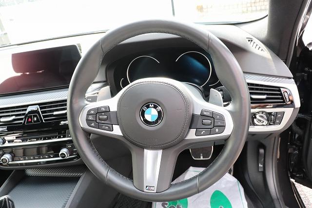 530i Mスポーツ ブラックレザー ドライビングアシスト Mブレーキ車両画像11