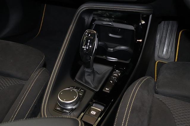 X2 xDrive 20i Mスポーツ X デビューパッケージ ワンオーナー車両画像08