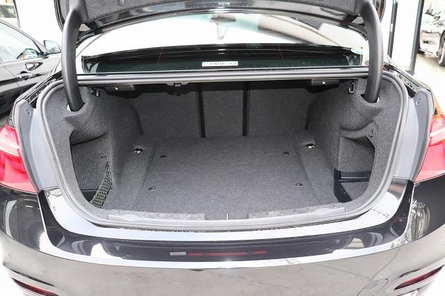 320dラグジュアリーBEAMコンプリートカー 後期モデル ACC 黒革車両画像15