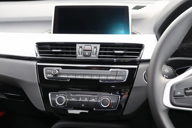 X1  xDrive18d コンフォートアクセス HDDナビ バックカメラ 車両画像10