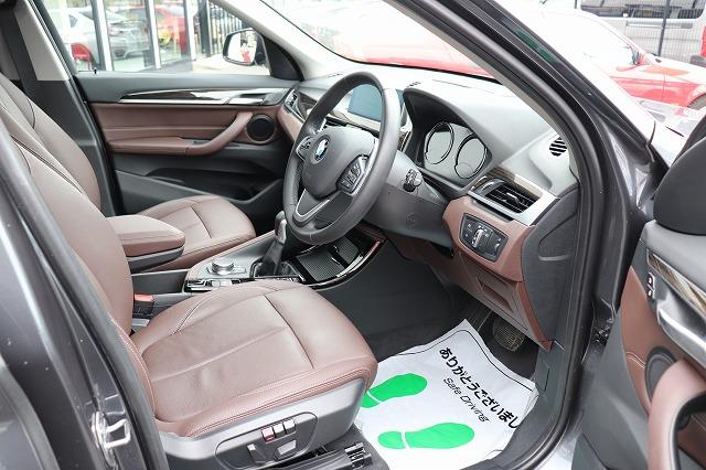 X1 xDrive18d Xライン ブラウンレザー コンフォートアクセス パワーゲート車両画像11
