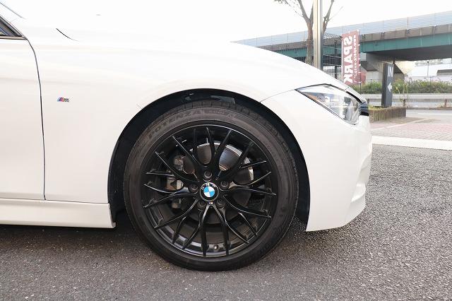 320i LCI Mスポーツ M PerfomanceマットブラックAW ヘッドアップディスプレイ車両画像10