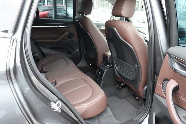 X1 xDrive18d Xライン ブラウンレザー コンフォートアクセス パワーゲート車両画像12