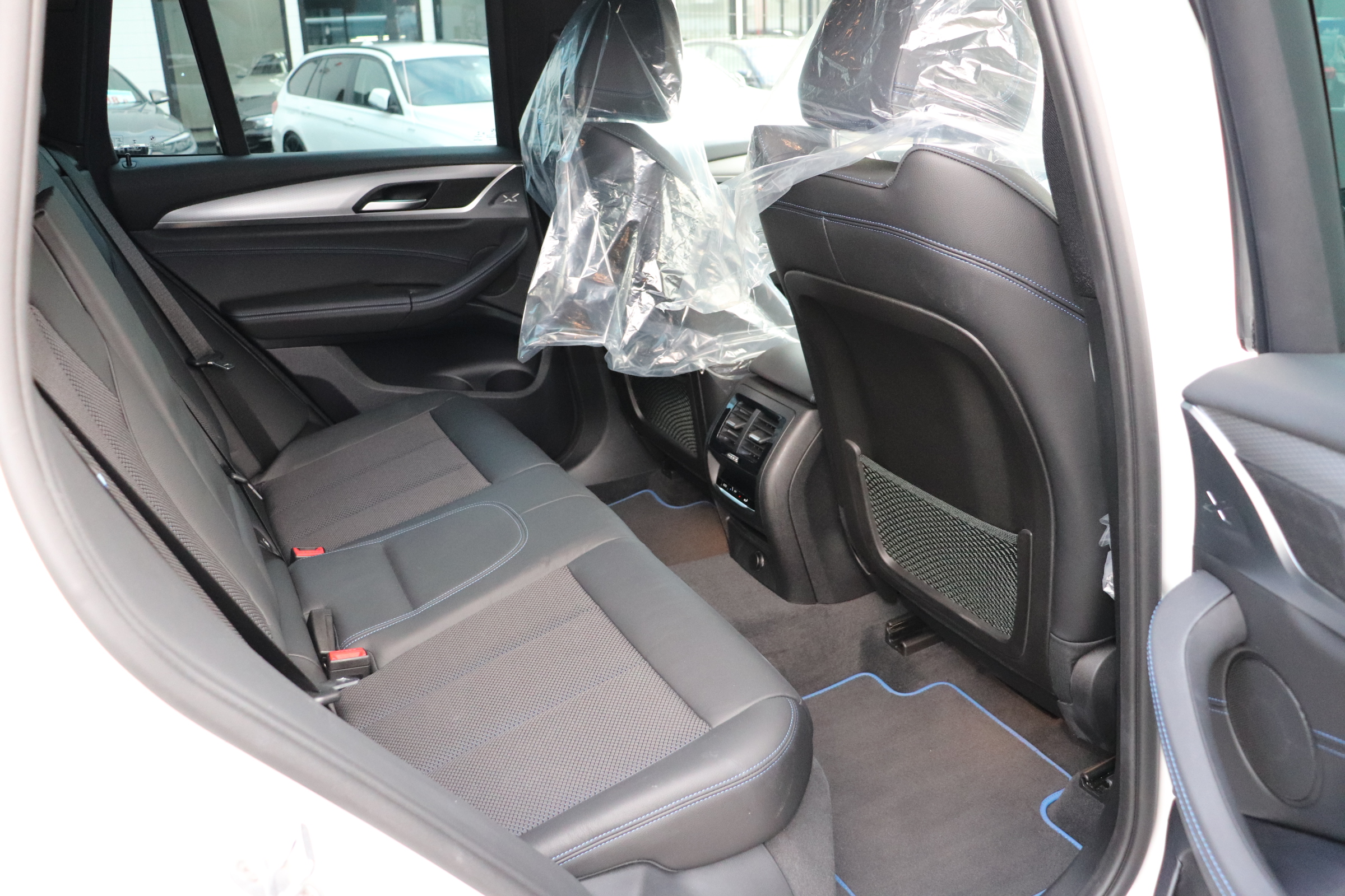 X3 xドライブ 20d Mスポーツ ワンオーナー HUD オプション20インチAW車両画像12