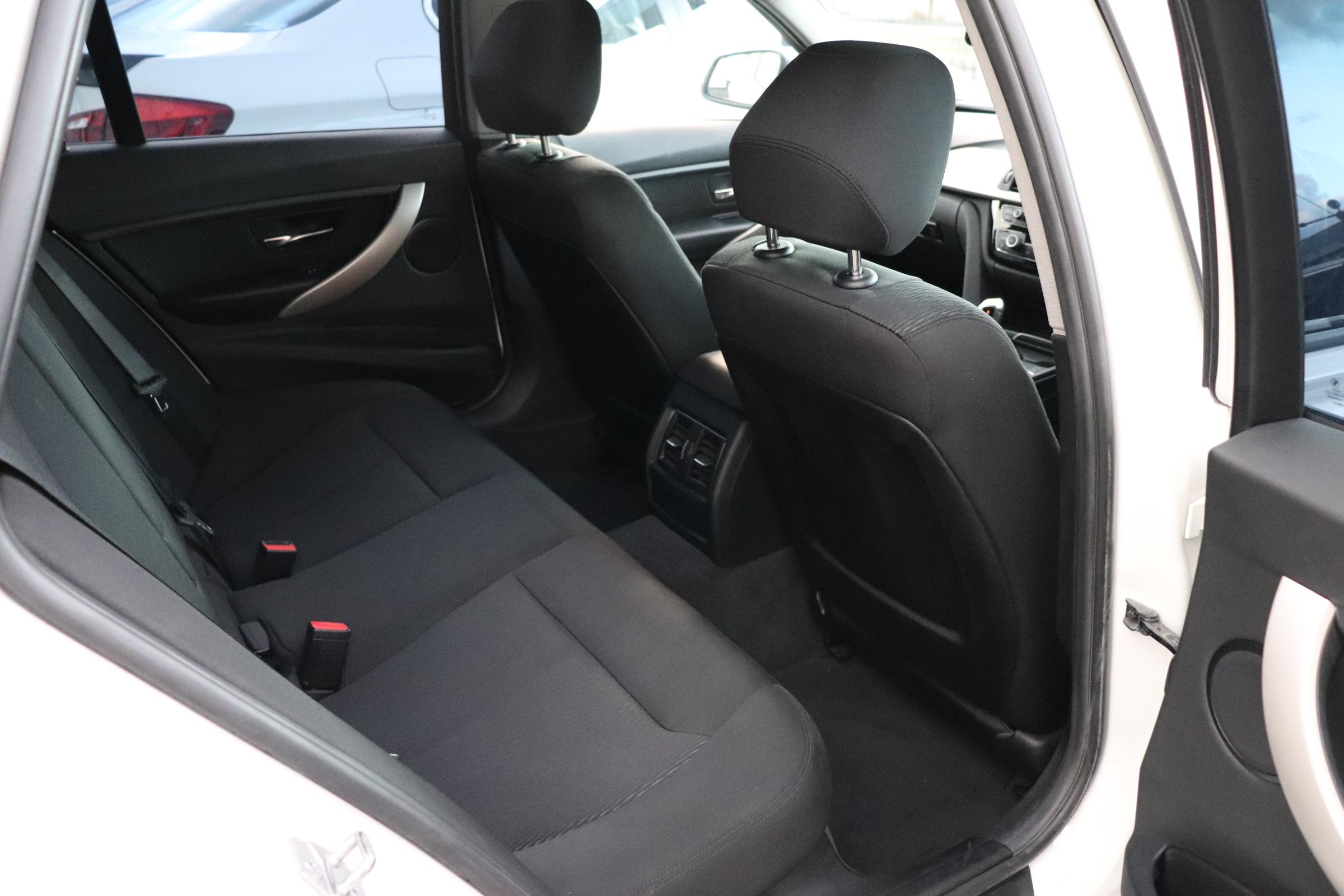 320i ツーリング LCI BEAMコンプリートカー ACC パワーリアゲート車両画像12