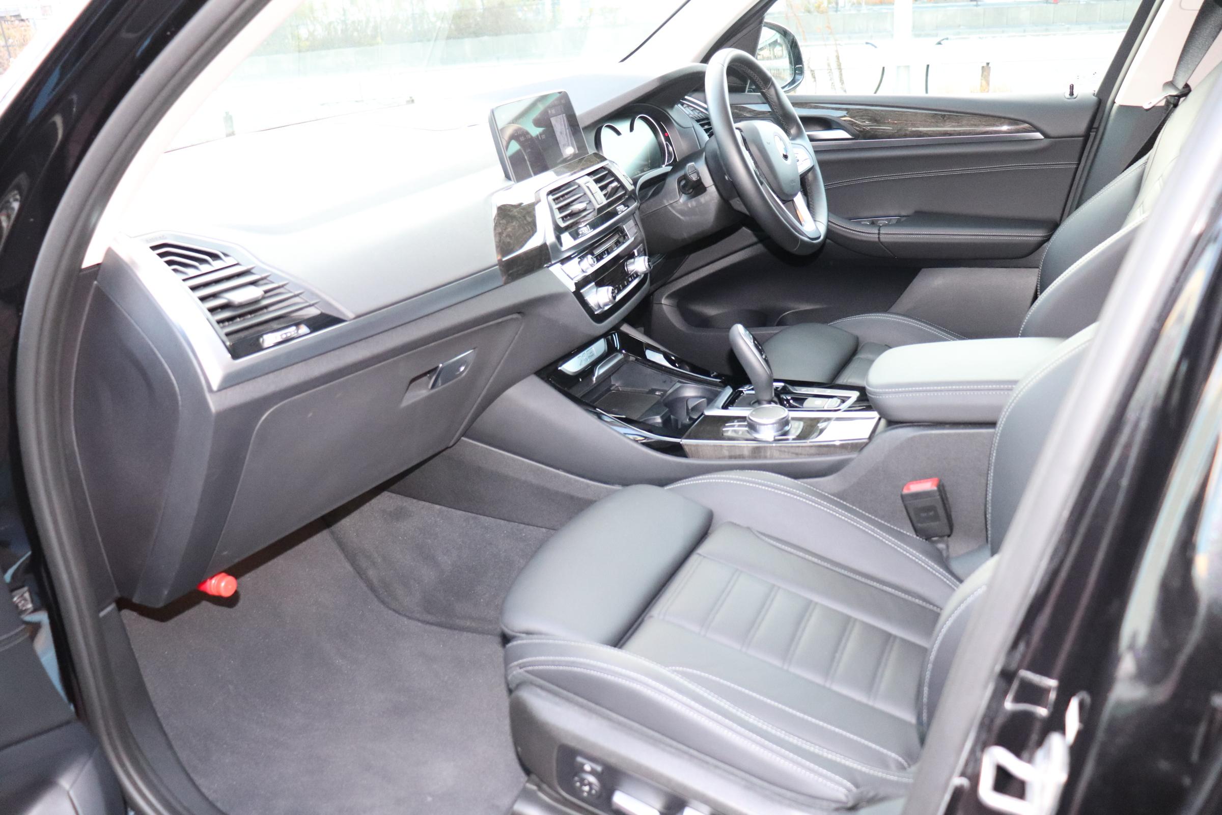 X3 xDrive20d Xライン ブラックレザー ヘッドアップディスプレイ 全席シートヒーター車両画像13