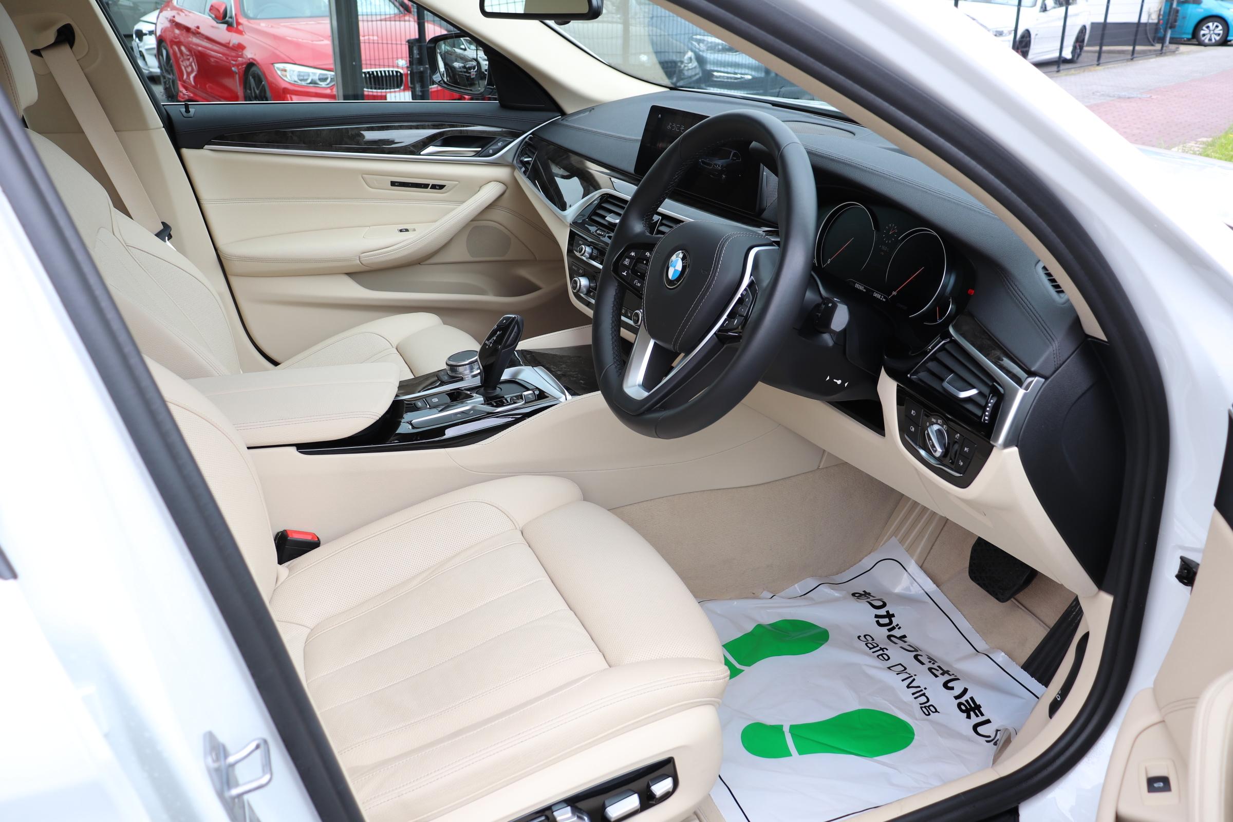 540i ラグジュアリー コンフォート&イノベーションP ワンオナ HUD Sクローズドア ジェスチャー ディスプレイK車両画像11