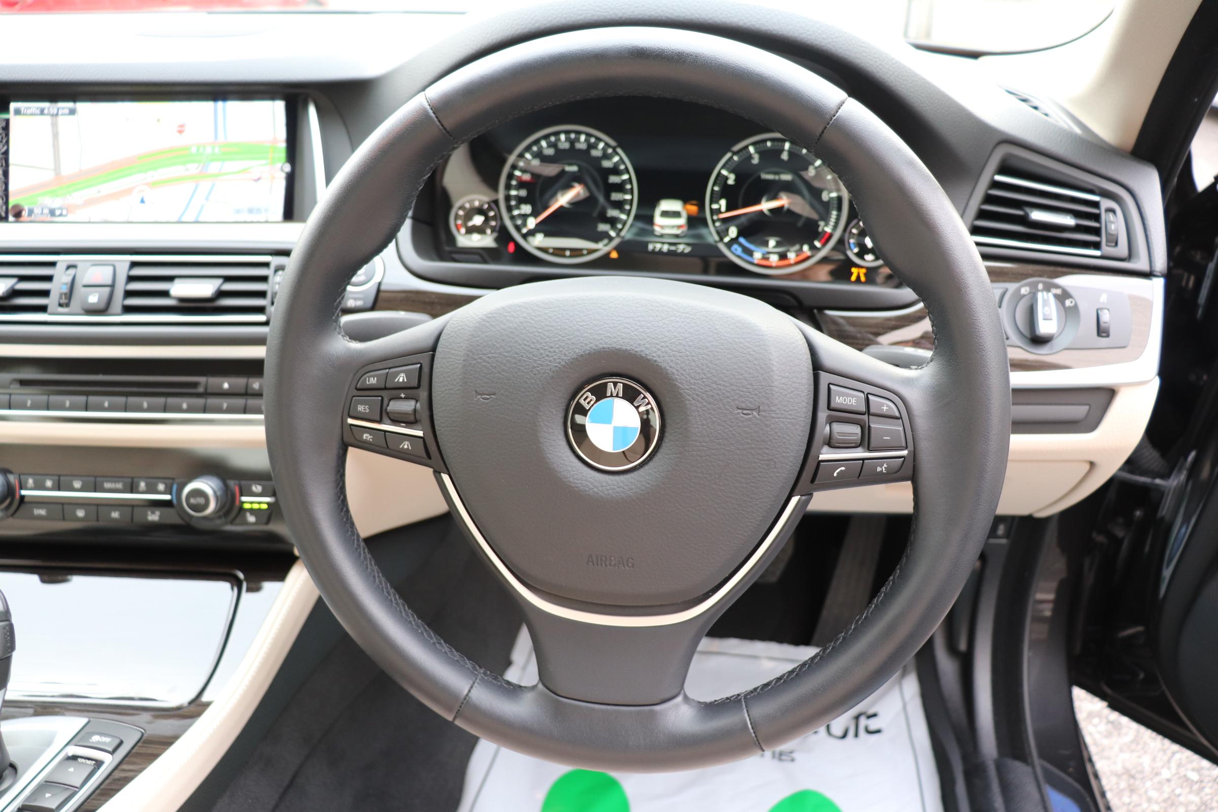 528i ラグジュアリー LEDヘッドライト マルチディスプレイメーター ワンオーナー車両画像15