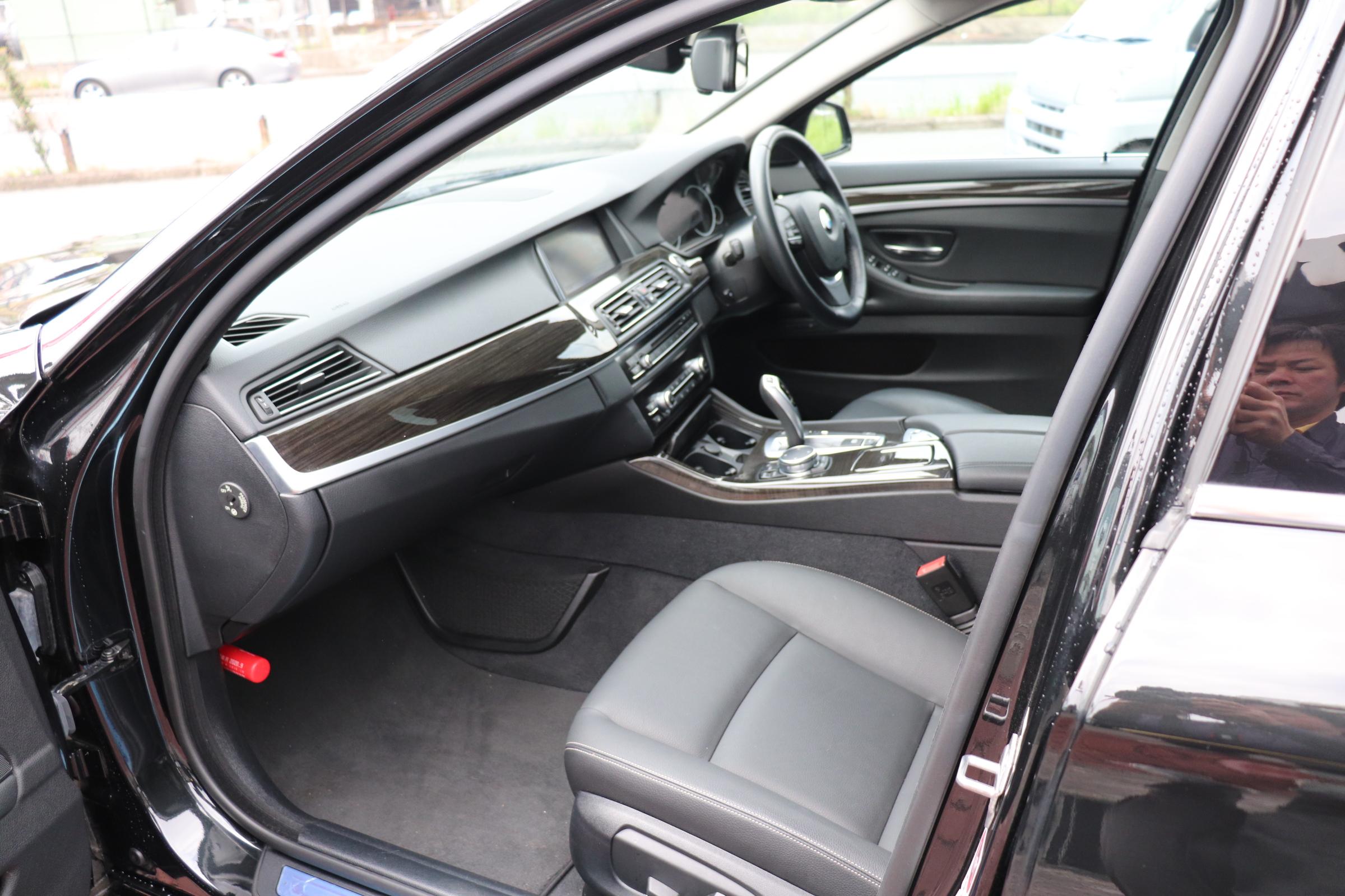 528iラグジュアリー BEAMコンプリートカー ワンオナ LEDヘッドライト マルチディスプレイメーター車両画像13