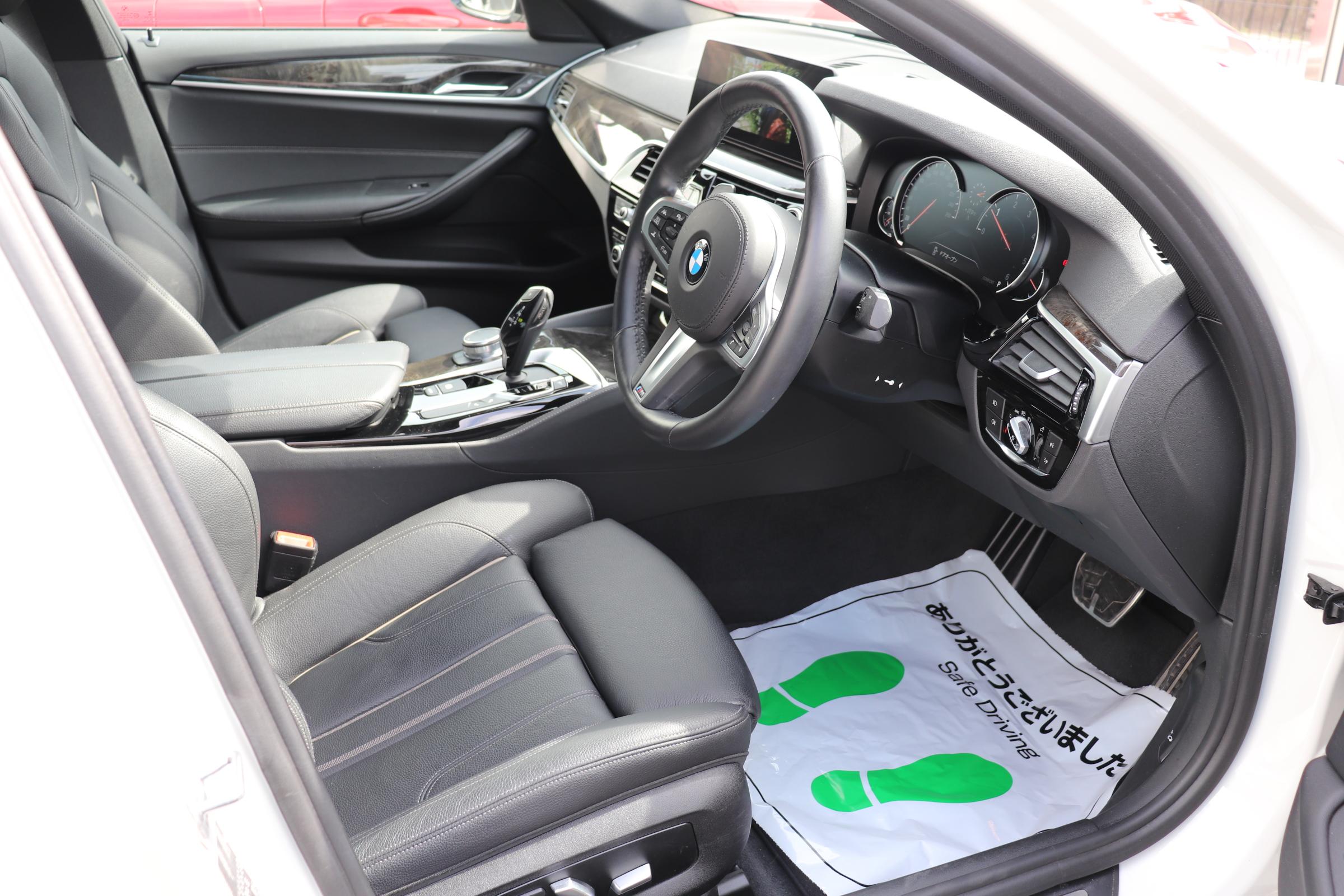 523d Mスポーツ ハイライン ワンオーナー ブラックレザー車両画像11
