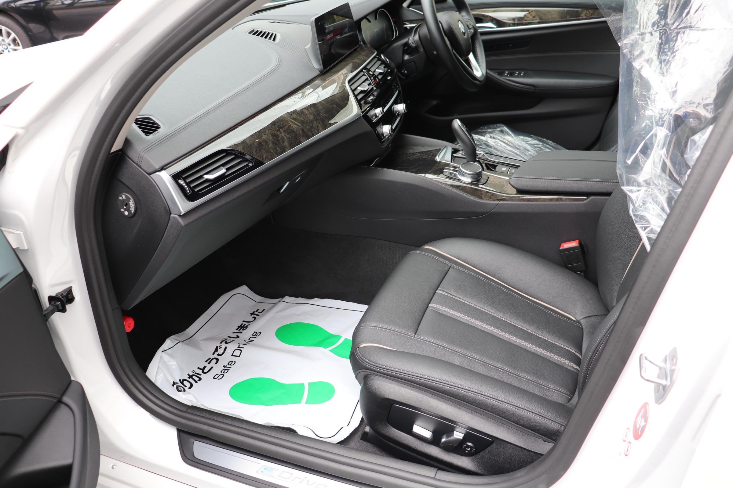 530e iパフォーマンス ラグジュアリー BEAMコンプリートカー車両画像13