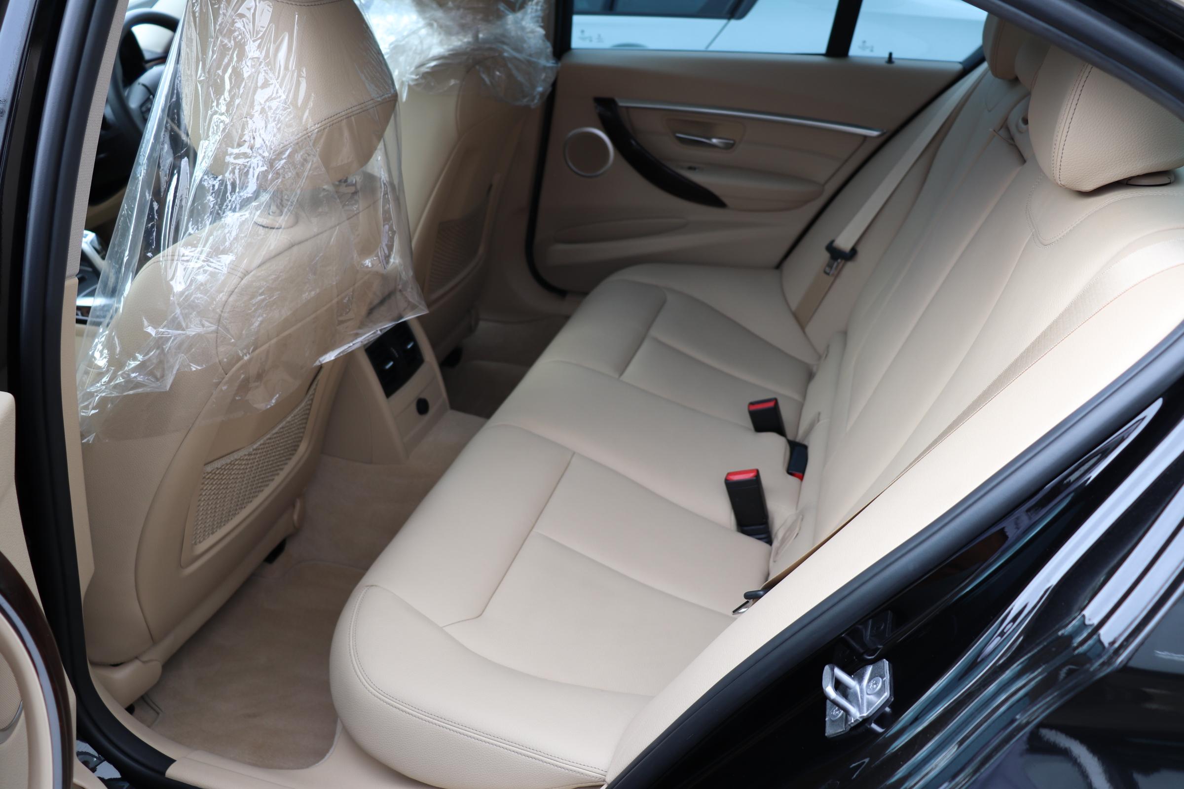 320d ラグジュアリー BEAMコンプリートカー後期モデル 淡革 LEDヘッド ACC車両画像12