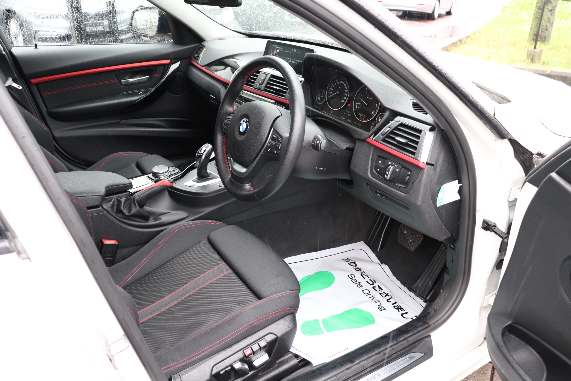 320d LCI スポーツ  BEAMコンプリートカー パドルシフト ブラックグリル オートリアゲート車両画像11