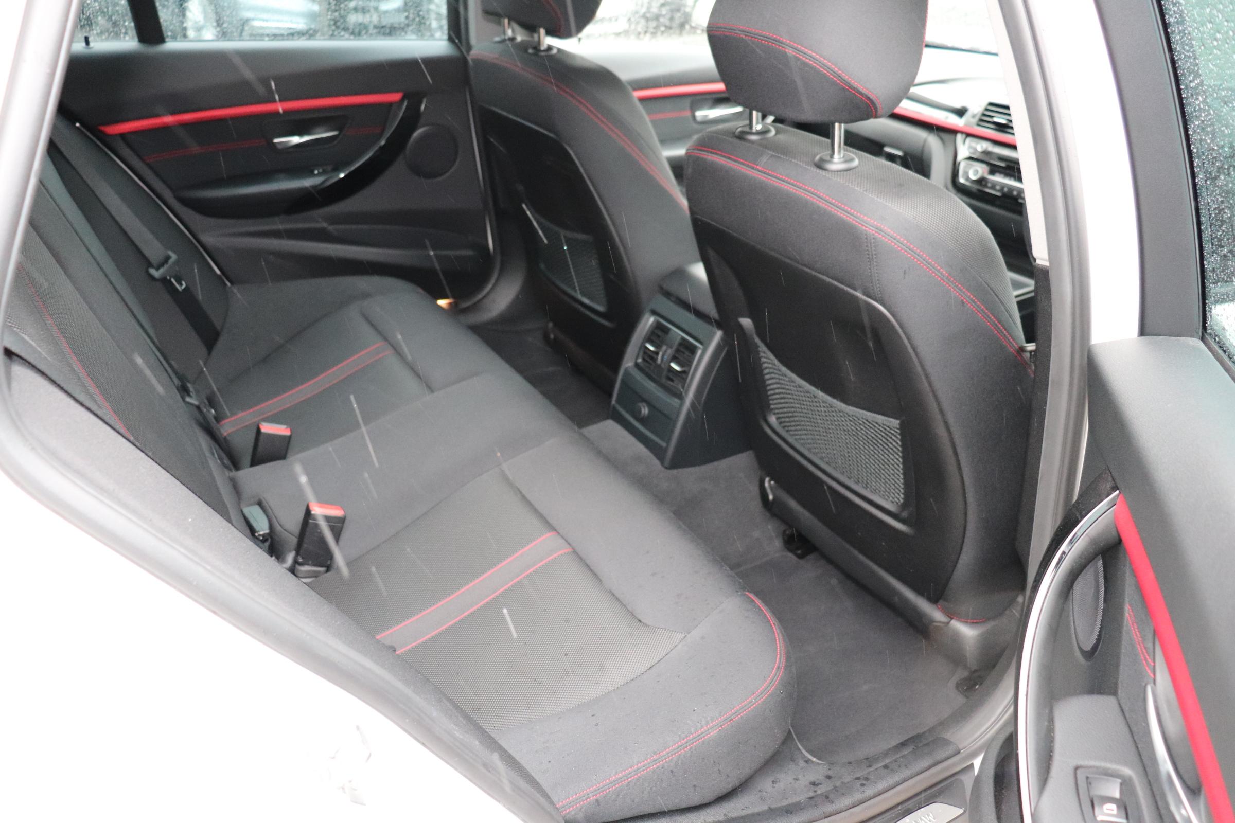 320d LCI スポーツ  BEAMコンプリートカー パドルシフト ブラックグリル オートリアゲート車両画像12