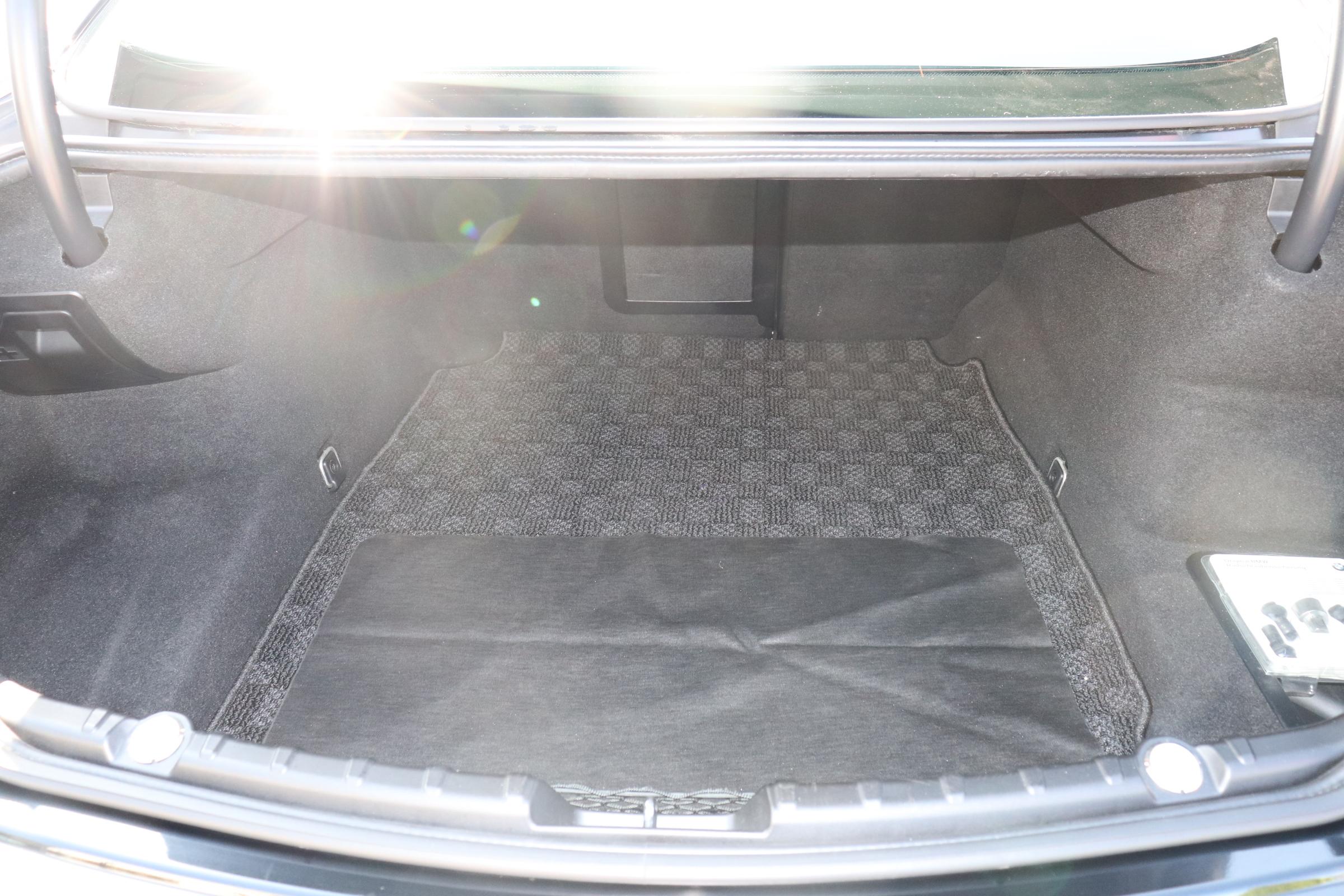 640iグランクーペ Mスポーツ サンルーフ LEDヘッドライト パドルシフト車両画像15