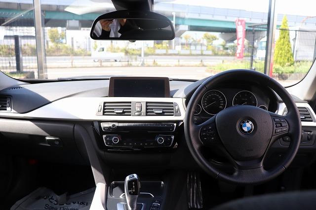 320d 最終モデル タッチパネルモニター 追従クルーズコントロール車両画像12