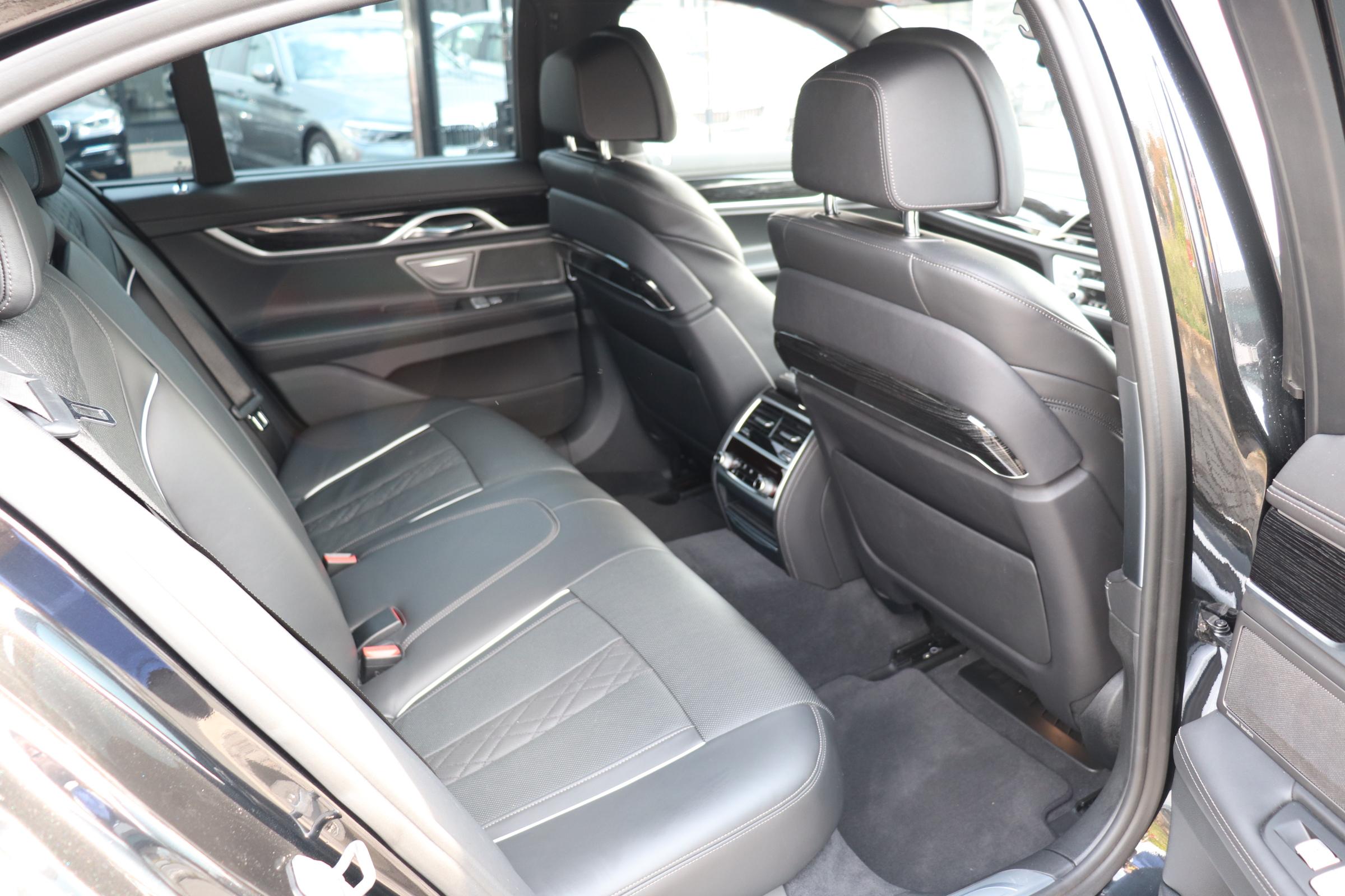 750i Mスポーツ サンルーフ レーザーライト HUD エアサス コンフォートガラス車両画像12
