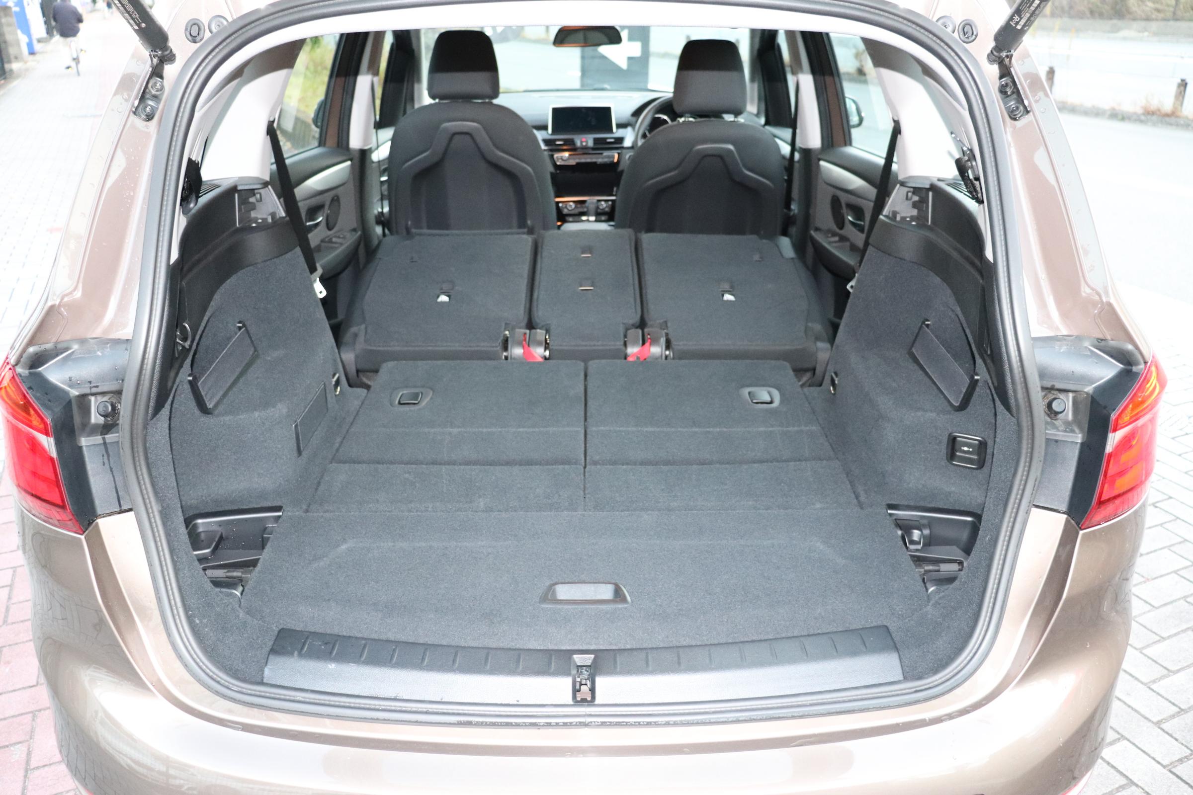 218dLCI グランツアラー LED Pサポート シートヒーター バックカメラ車両画像10