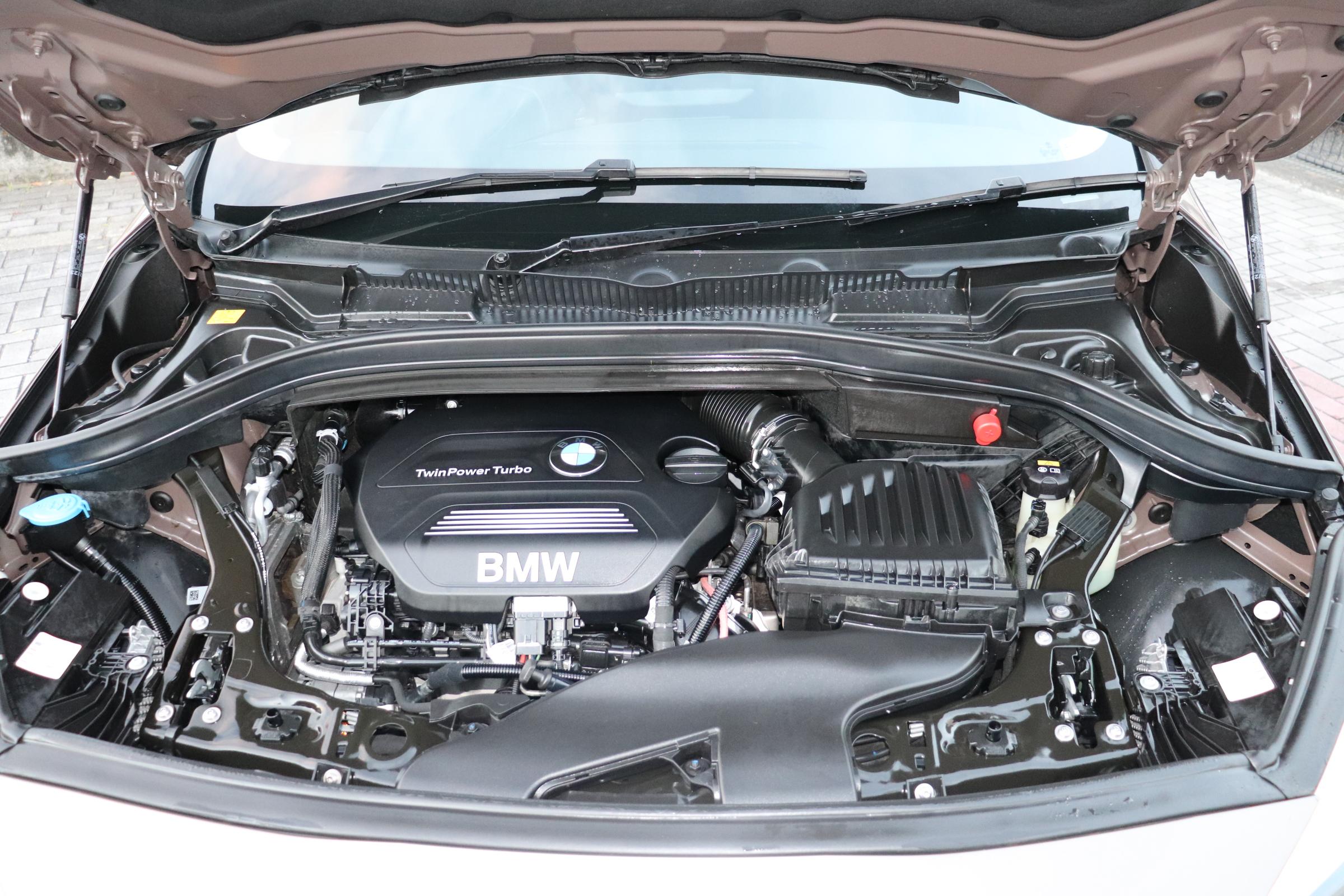 218dLCI グランツアラー LED Pサポート シートヒーター バックカメラ車両画像12