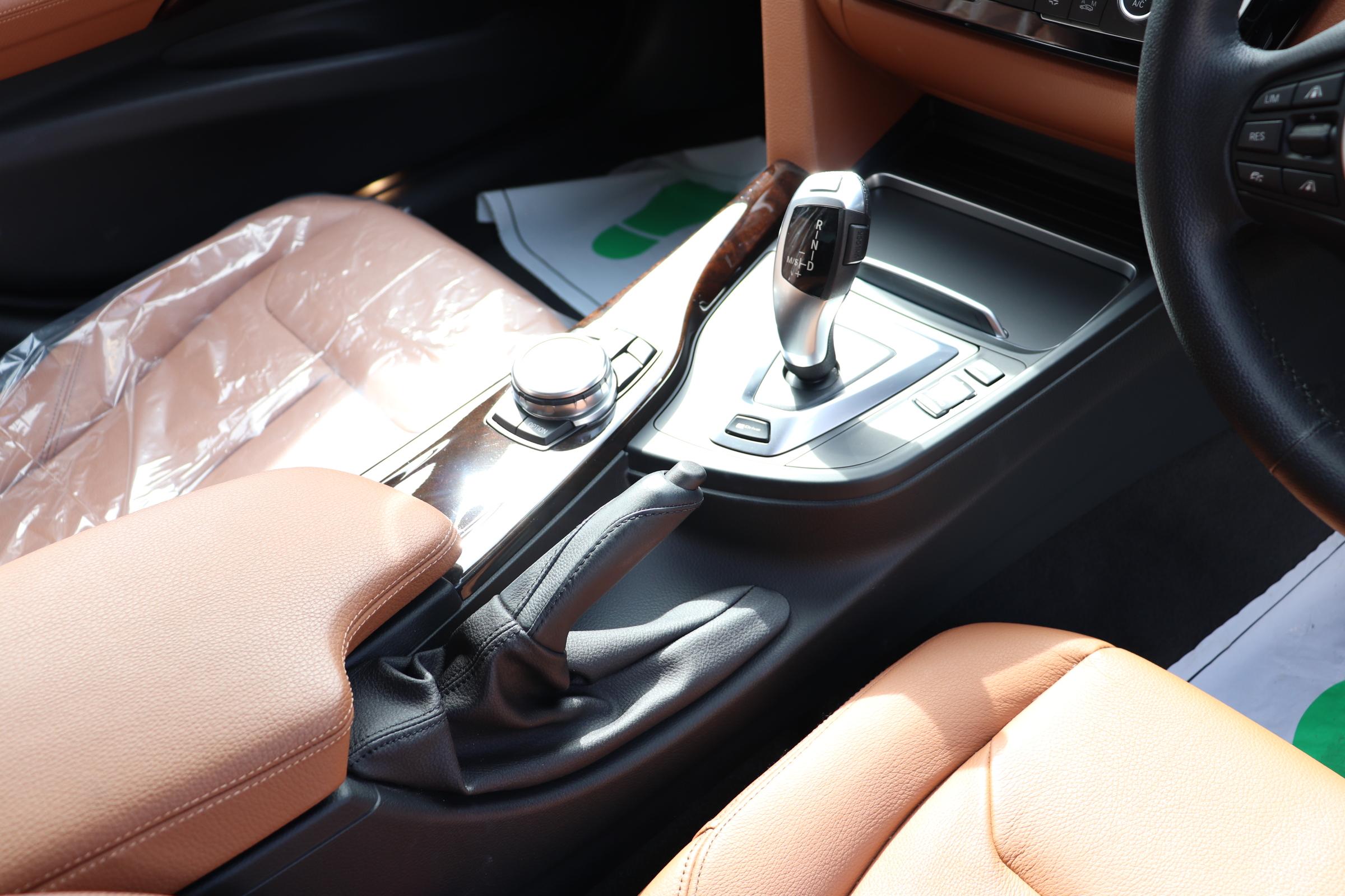 330eラグジュアリー BEAMコンプリートカー ブラウンレザーシート シートヒーター車両画像15