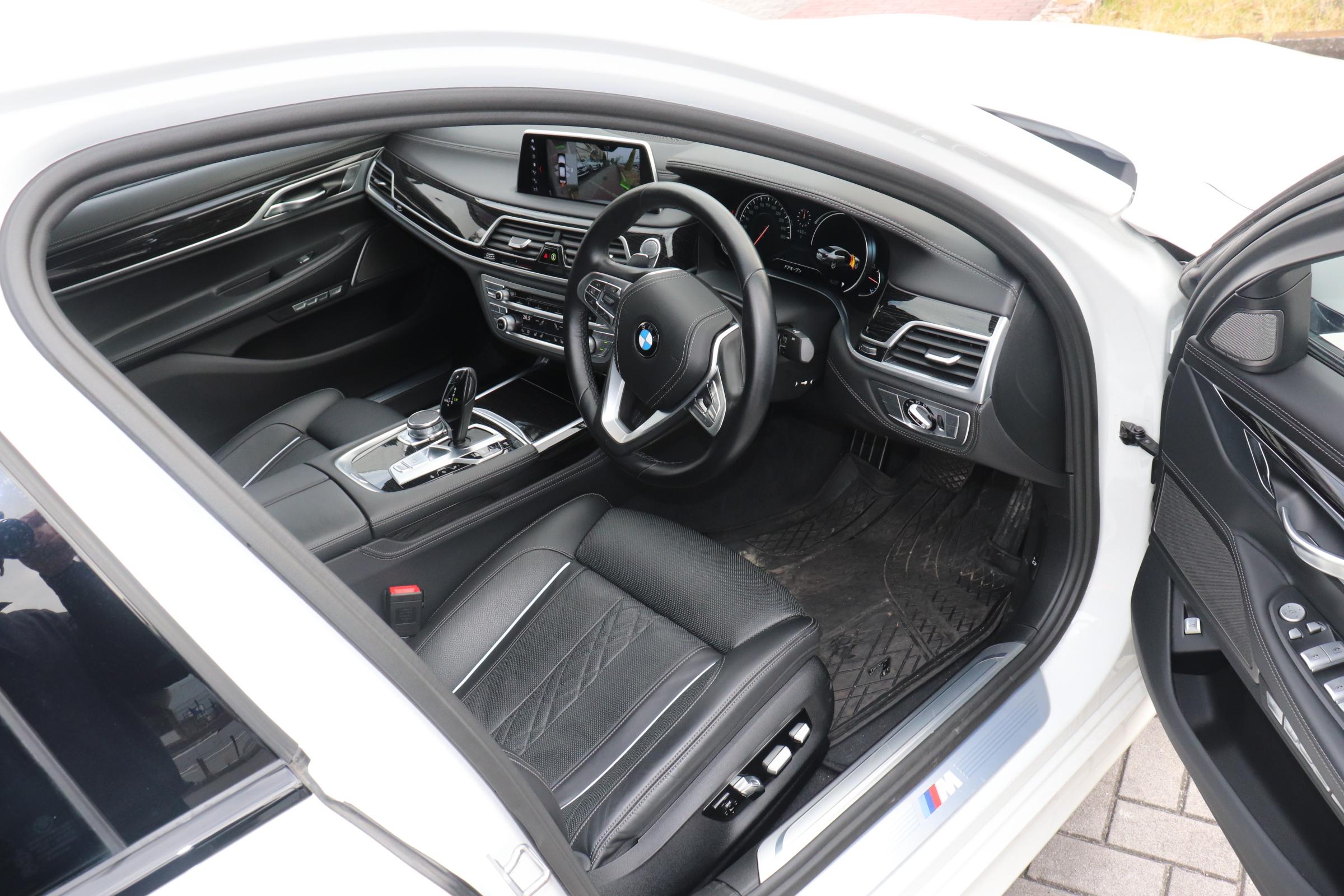 750i Mスポーツ サンルーフ レーザーライト HUD リモートP メーカー保証車両画像10