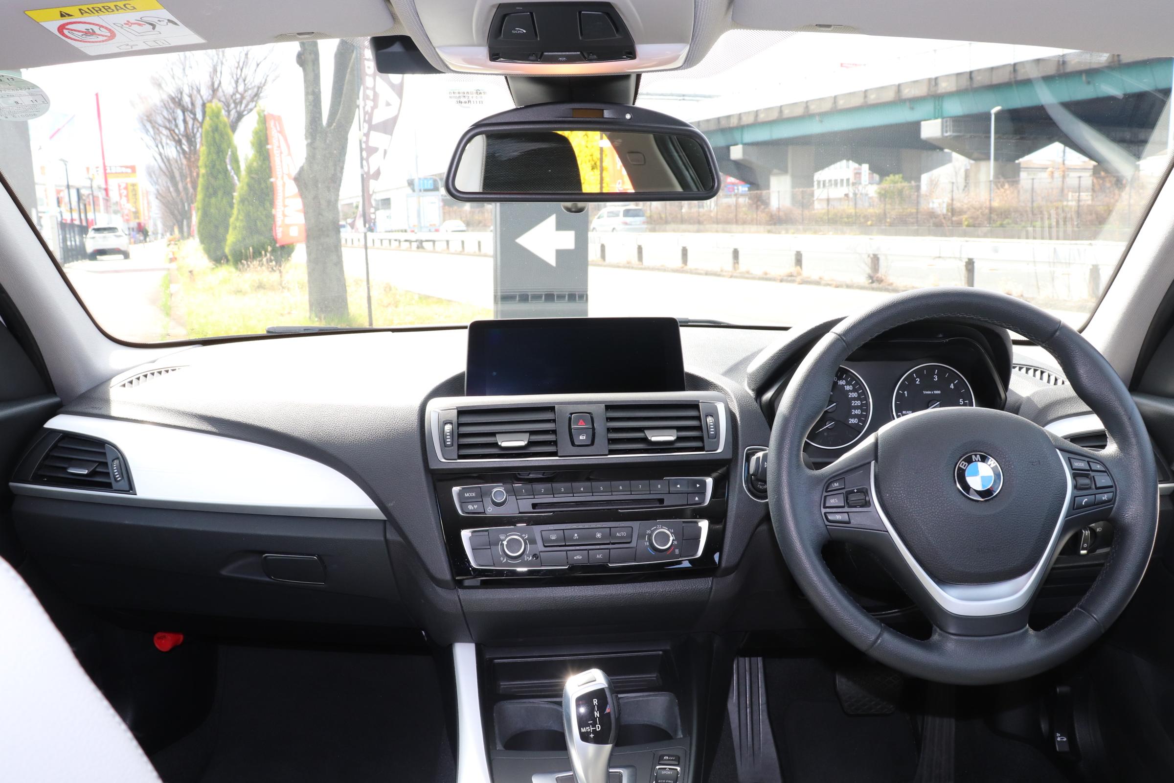 118d スタイル ハーフレザーシート バックカメラ Bluetooth DVDミュージックサーバー車両画像12