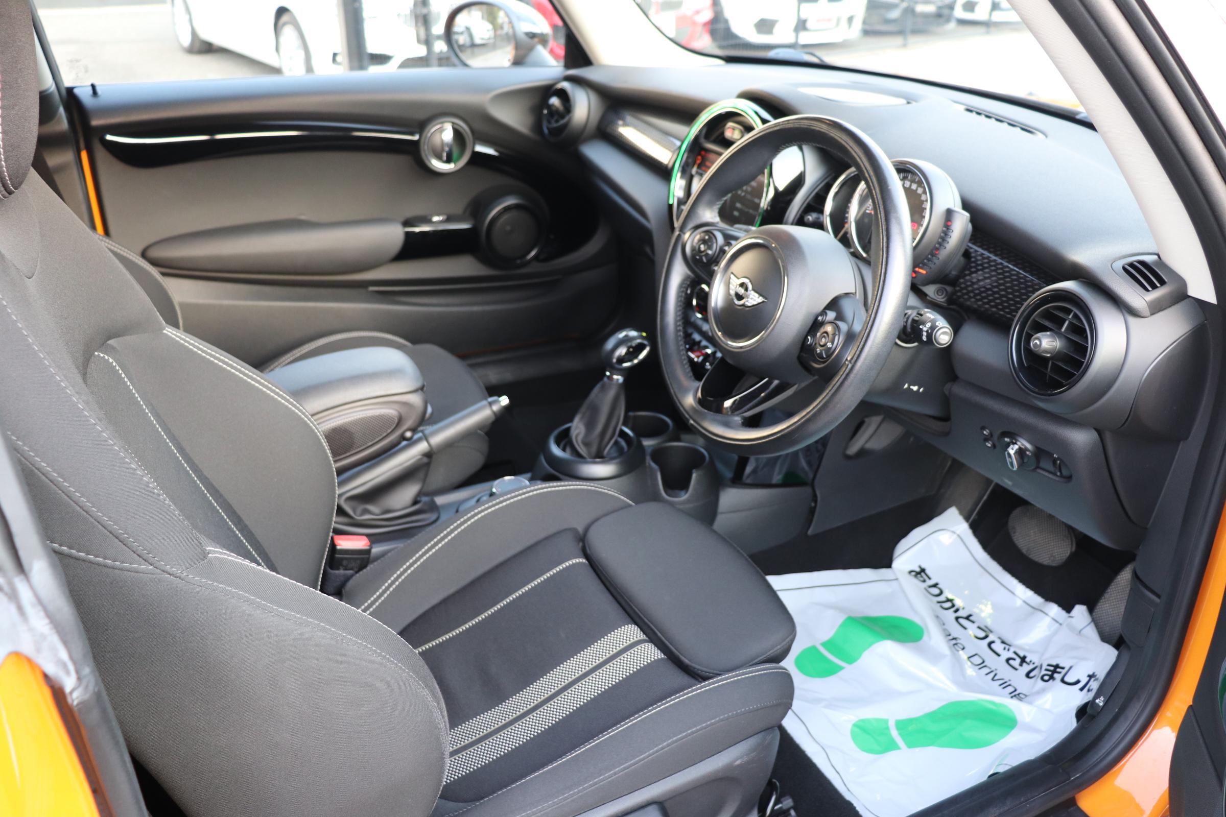 MINIクーパーSD ペッパーP 地デジ スマートキー アクティブクルコン Bカメラ車両画像11