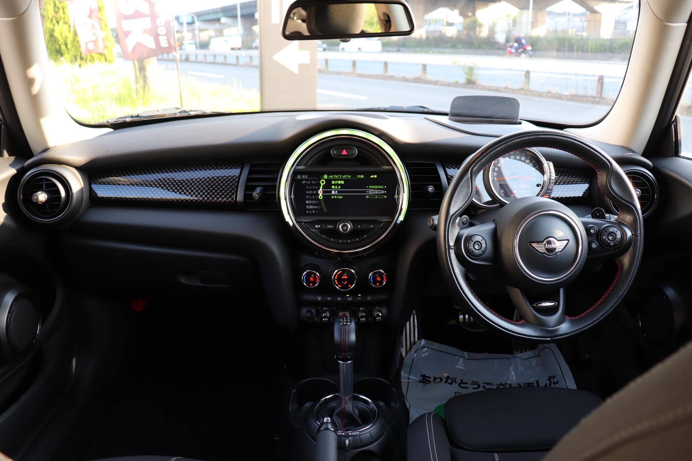 MINI クーパーSD エナジェティックS パドルS HUD ドライビングモード車両画像10