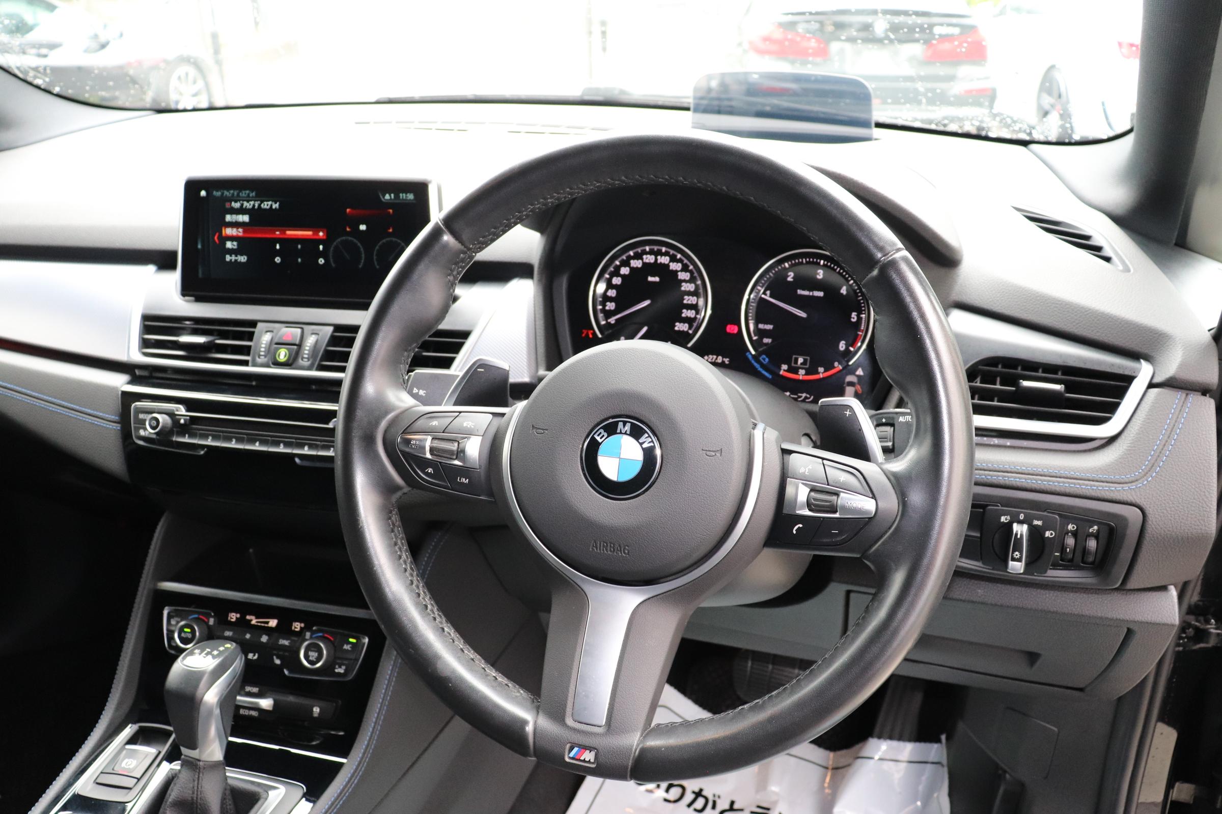 218d xDive アクティブツアラー Mスポーツ車両画像13