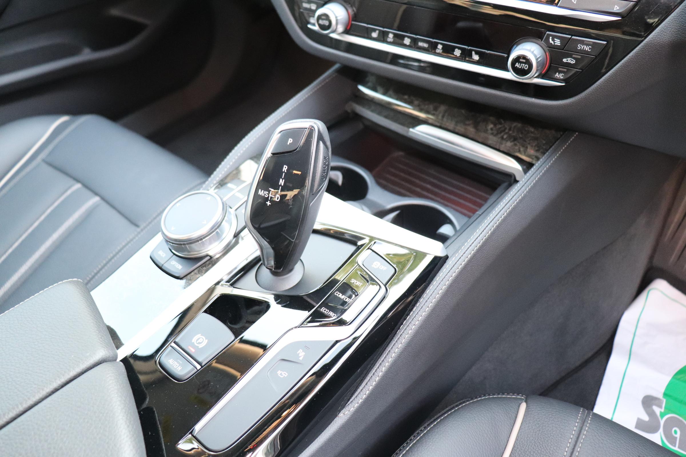 530iラグジュアリー BEAMコンプリートカー ブラックレザー 4本マフラー車両画像15