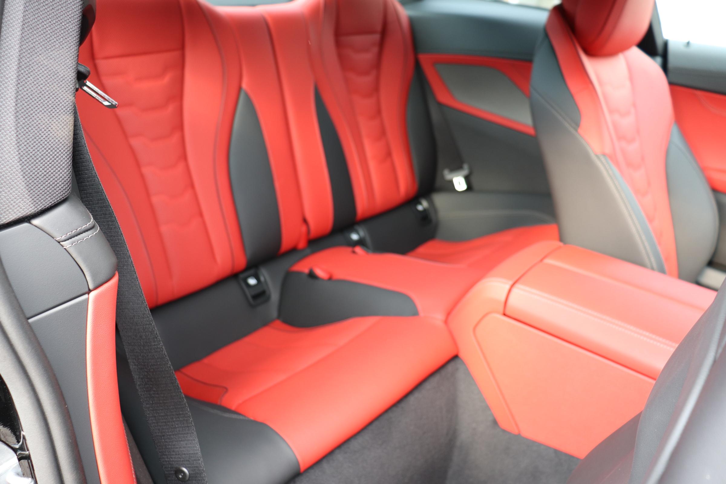 M850i xDrive クーペ カーボンルーフ バイカラーインテリア レーザーライト車両画像12