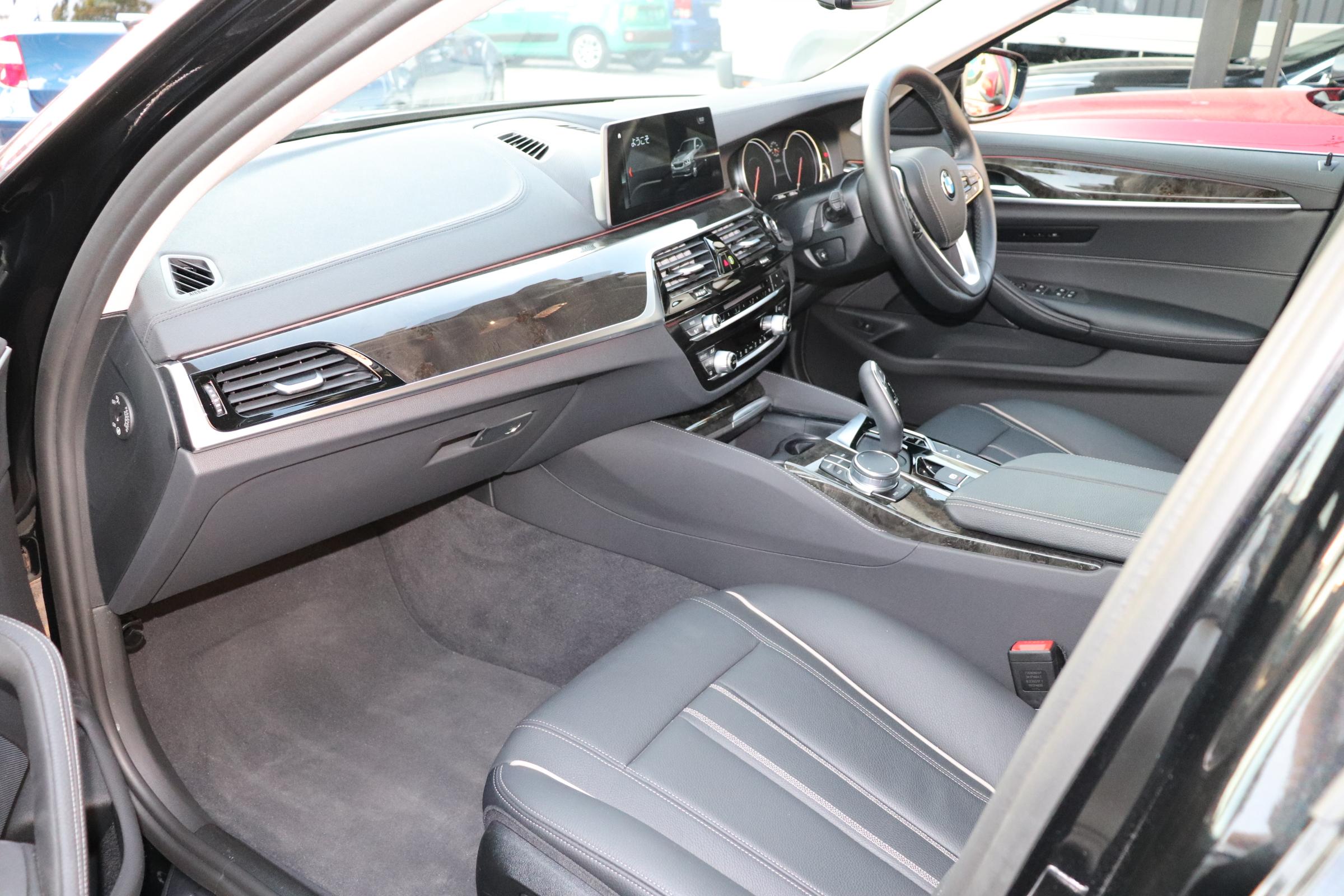 530iラグジュアリー BEAMコンプリートカー ブラックレザー 4本マフラー車両画像12