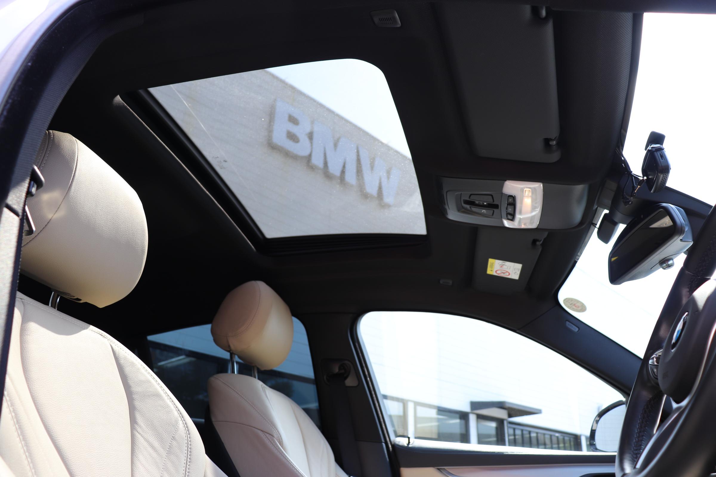 X6 xDrive35i Mスポーツ サンルーフ ヘッドアップディスプレイ パワーバックドア車両画像09